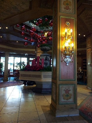 Hotel christmas decoration Native Sample Photo Pic by HDR Android App Camera+ on a Samsung Galaxy S II (S2)
