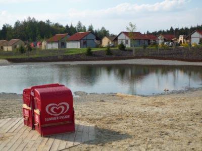 legoland-park-e2-feriendorf-see-strandkoerbe